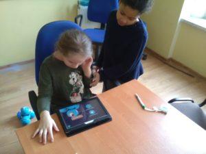 Programujemy iświetnie się bawimy wSzkole Podstawowej nr3 wŚwiebodzicach