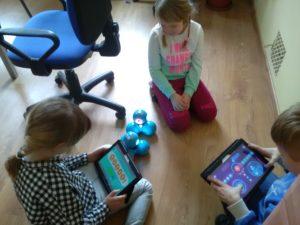 Zajęcia edukacyjne z podstaw programowania dla dzieci w Szkole Podstawowej nr 3 w Świebodzicach